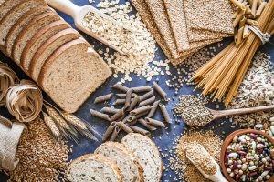 La causa principal de la diverticulitis es la falta de fibra en la alimentación.