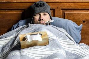 El tratamiento principal para combatir la gripe será solo sintomático, es decir, analgésicos para minimizar la fiebre.
