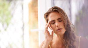 La cefalea es una de las causas más frecuente de absentismo escolar. Parece ser que la prevalencia está en aumento y que cada vez más niños y adolescentes se quejan de dolor de cabeza, tanto cefaleas como migrañas. Parece ser que se relaciona con el estrés.
