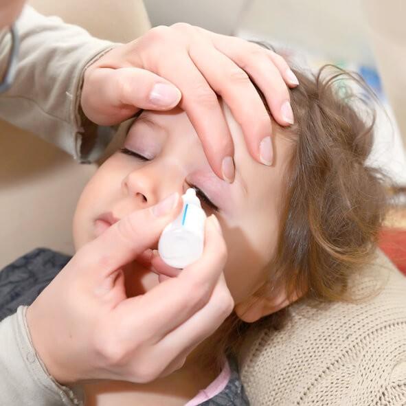 Cómo Tratar la Conjuntivitis Infantil