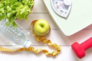 Hay que tener en cuenta que la pérdida de peso debe ser el reflejo de un cambio de hábitos constante y duradero en el tiempo que permita también lograr un estado de salud óptimo y mejorar otros aspectos.