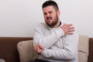 Para el diagnóstico de la bursitis el médico realiza al paciente una historia clínica y una exploración física adecuadas.