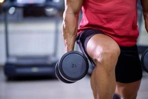 El cuádriceps es esencial para el desplazamiento, entre otras funciones, ya que una de sus funciones es la extensión de la rodilla.