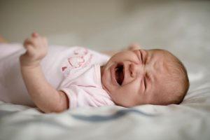 Se define espasmo del llanto como la interrupción brusca del llanto. Un 7% de los niños pueden sufrirlos.