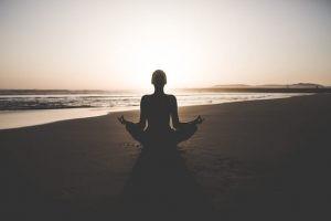Existen una seria de ejercicios para tener una primera experiencia tangible de los beneficios del mindfulness.
