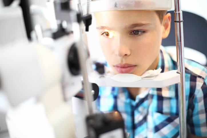 Ojo Vago: Tratamiento y Cirugía