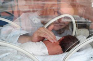 Parto prematuro o pretérmino hace referencia al parto que tiene lugar antes de la semana 37 de gestación.