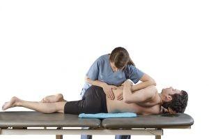 Cuando un músculo se contractura las articulaciones relacionadas con él pierden movilidad.