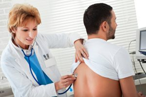 El Mantoux, se realiza de forma ambulatoria, por lo que el paciente no requiere de ningún ingreso.