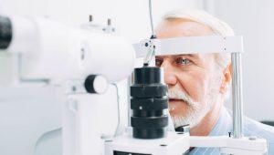 Las causas específicas de la neuritis óptica idiopática no se conocen. Un gran porcentaje de los casos diagnosticados de esta patología no tienen un diagnóstico de causa conocido.