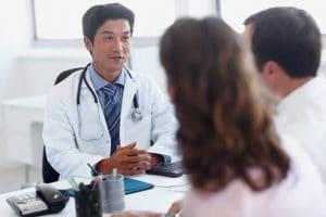 El desbridamiento es la retirada de tejido necrótico (tejido muerto por falta de aporte sanguíneo) o infectado de una herida, ya sea esta de origen quirúrgico o accidental.