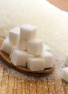 Efectos del exceso de azúcar y edulcorantes en la dieta