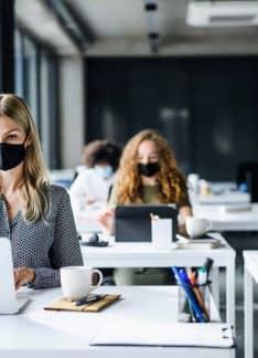 Savia: Test COVID y telemedicina para asegurar el entorno laboral de las PYMEs